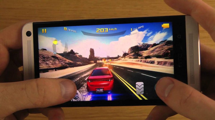 HTC One Asphalt 8