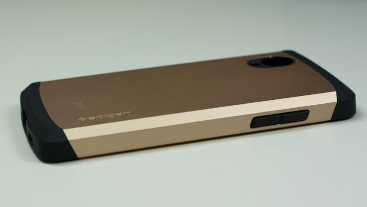 Nexus 5 в чехле