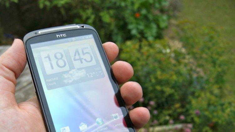 HTC-Sensation - 01