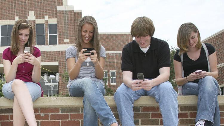 Общение с телефонами