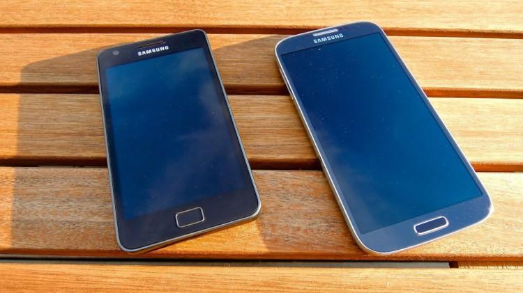 Galaxy S2 vs Galaxy S4
