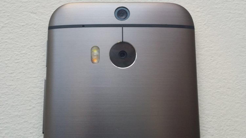 Двойственная камера HTC One M8
