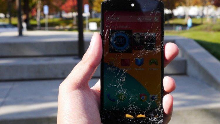 разбитый Nexus 5