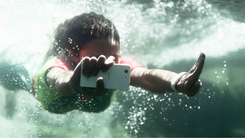 Sony Xperia в водной стихии