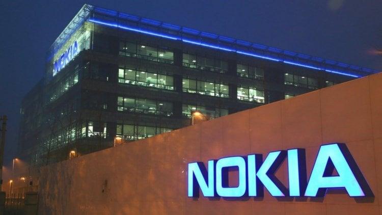 Какой был первый телефон от Nokia