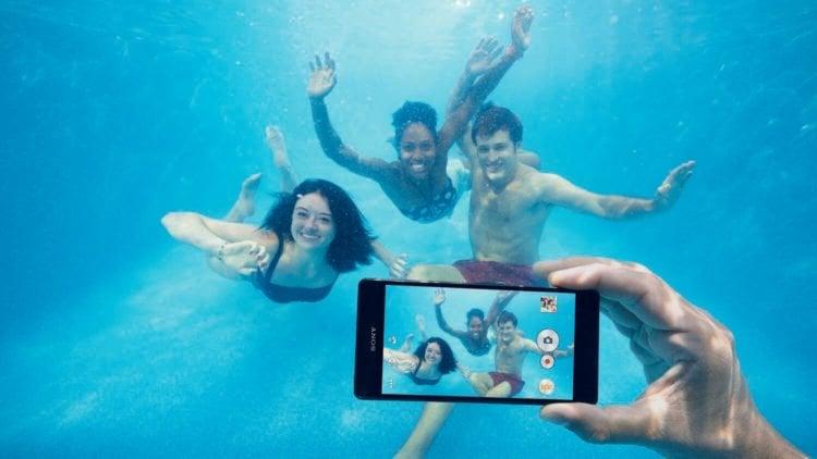 Съемка смартфонами Sony под водой