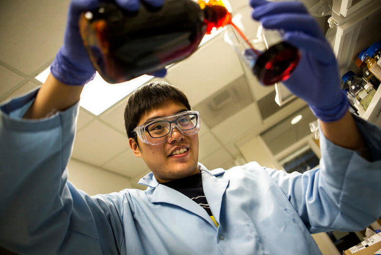 Kevlar-shielded-batteries-in-the-making