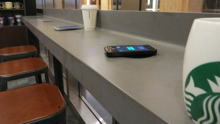 wireless charging in cafe