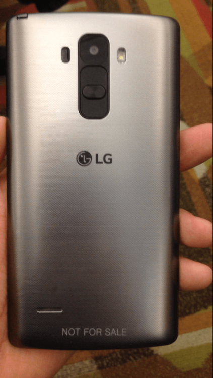 LG G4 задняя сторона