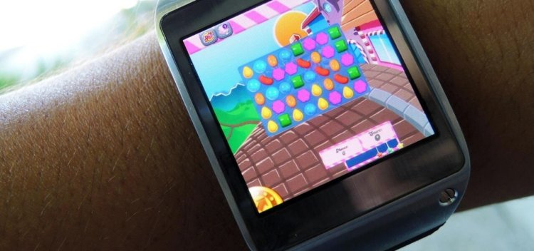 install-play-candy-crush-saga-other-games-your-samsung-galaxy-gear-smartwatch.1280x600