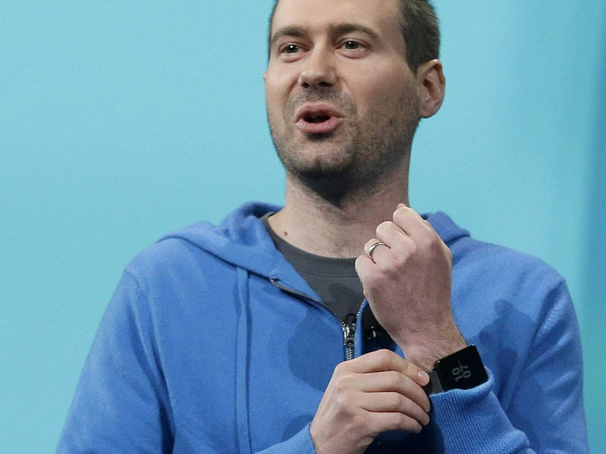 6 преимуществ Android Wear перед Apple Watch