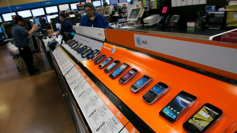 Итоги сражений за рынок смартфонов, ОС и приложений