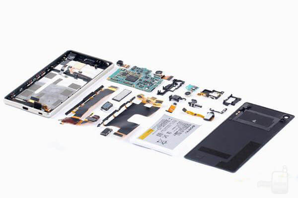 Sony-Xperia-Z3--Z4-teardown (1)