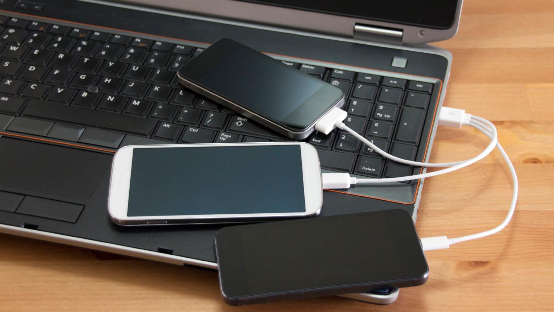 Прорыв в создании аккумуляторов позволит зарядить смартфон за 6 минут
