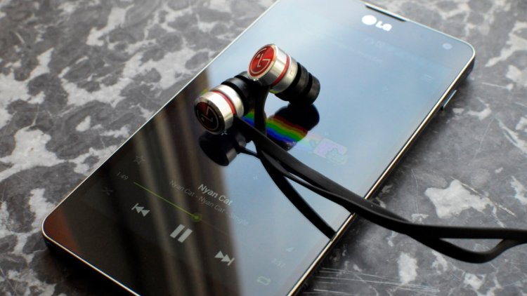 lg optimus g headphones