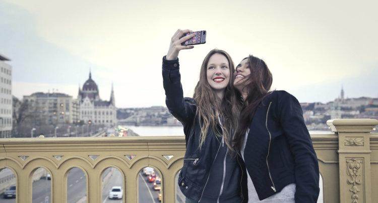 pic1_selfie