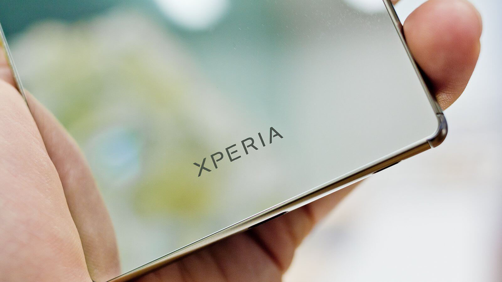 Прощайте, рамки: в Сети появился рендер Sony Xperia C6