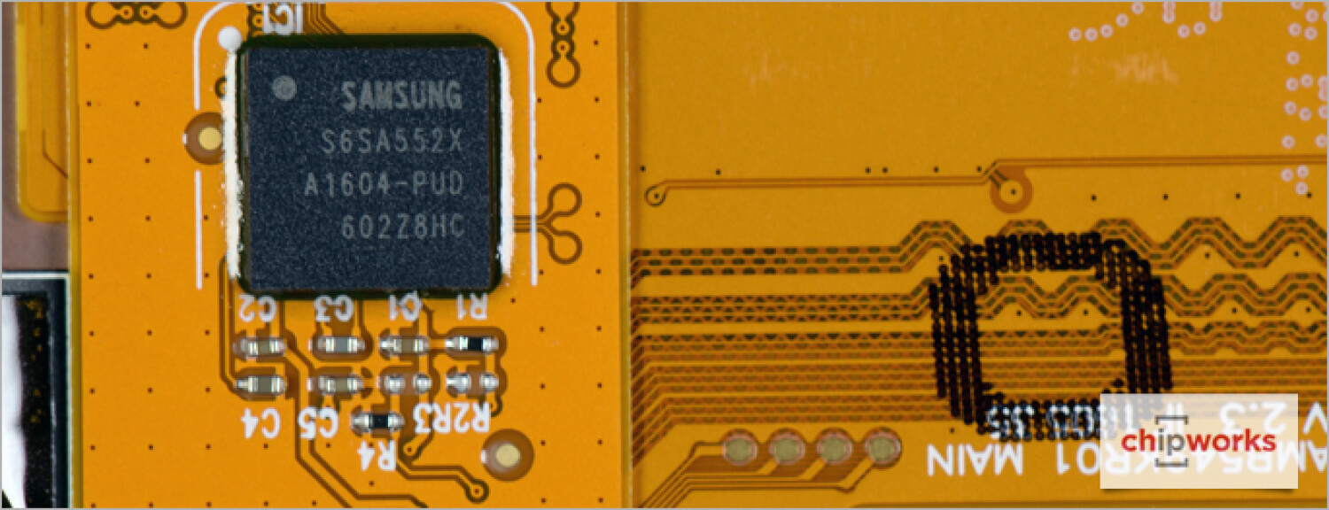15-Samsung-Galaxy-S7-Teardown-Touch-Screen-Controller