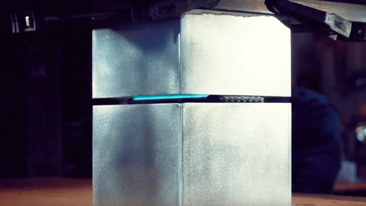 Galaxy S7 edge Press