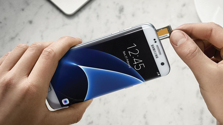 Samsung постаралась объяснить пропажу и возвращение microSD