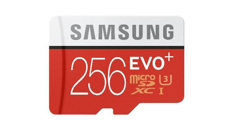 Карта памяти MicroSD от Samsung объемом 256 гигабайт
