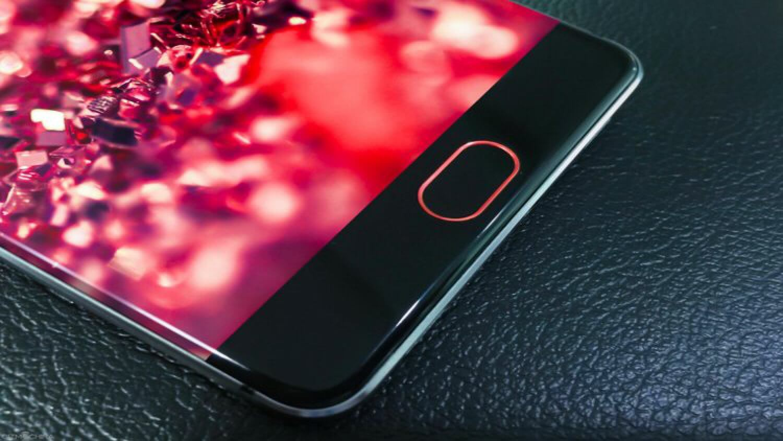 Elephone | AndroidInsider.ru: http://androidinsider.ru/tag/elephone