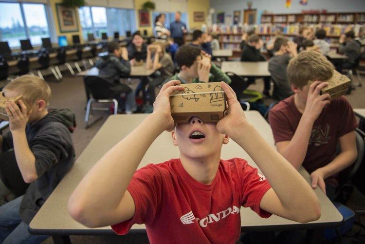 School VR