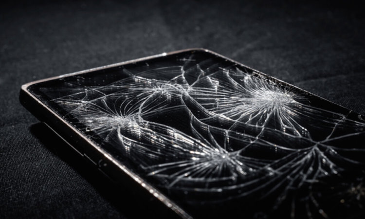 cracked_screen