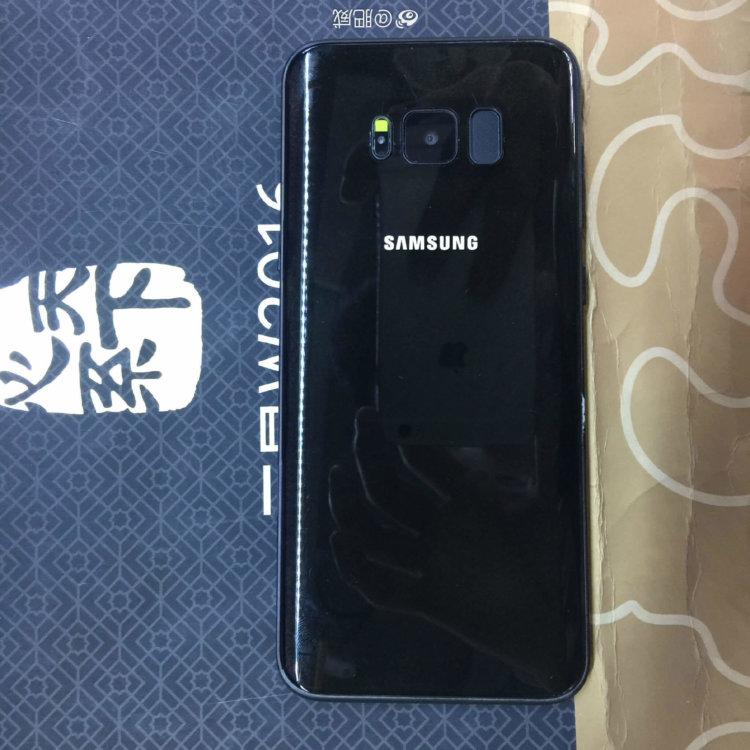 Предположительно задняя панель черного Galaxy S8