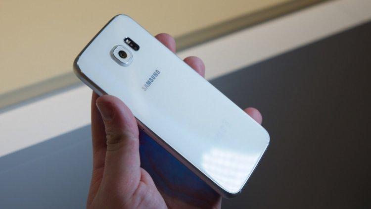 Samsung обновит до Android Oreo флагманы трехлетней давности