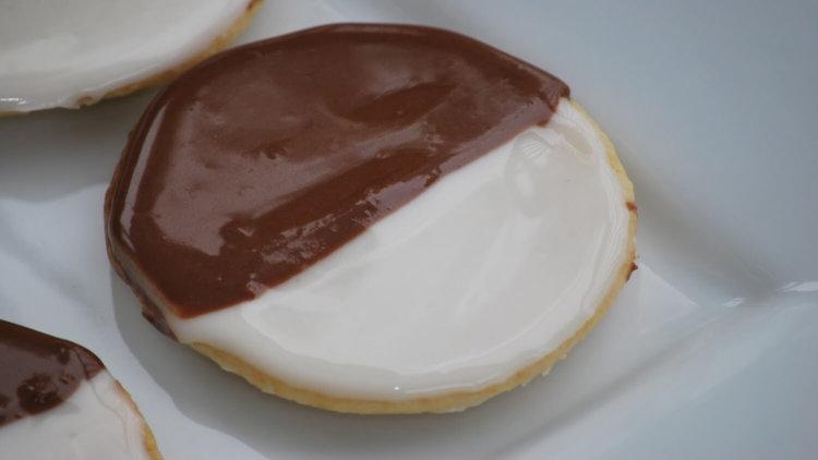 «Черно-белое» печенье