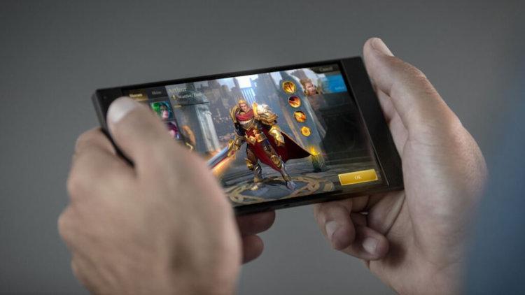 Xiaomi готовит свой первый смартфон для геймеров