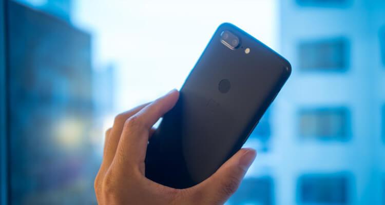 OnePlus 5T стал дороже, но продается лучше