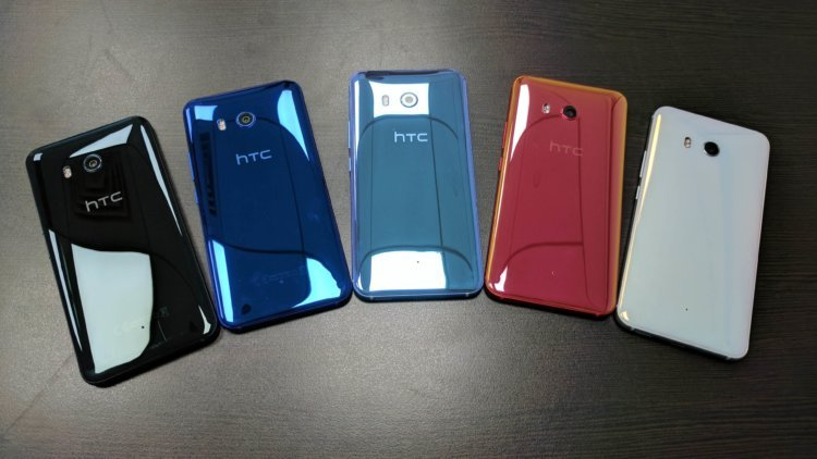Полугодовалый HTC U11 не уступает iPhone X