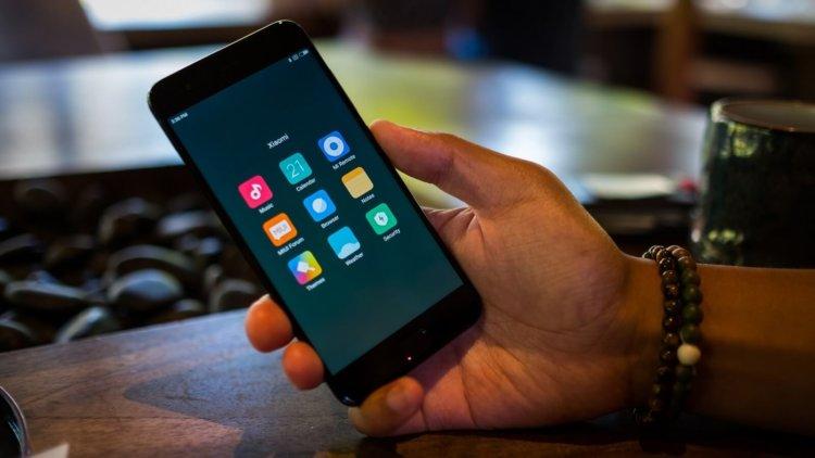Прошивка Xiaomi Mi 7 раскрыла характеристики флагмана