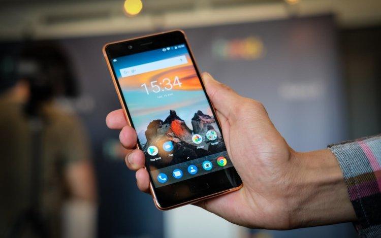 Google обяжет производителей обновлять некоторые Android-смартфоны три года