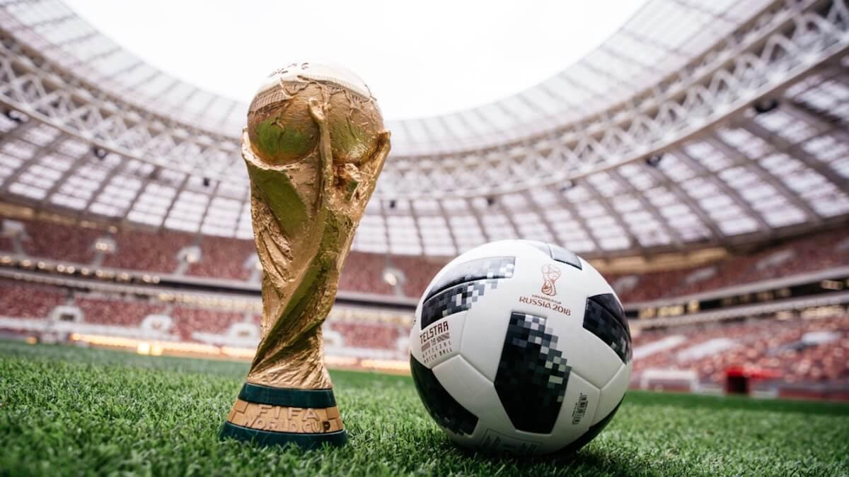 Чемпионат мира по футболу в России. Как следить за главным событием лета на смартфоне