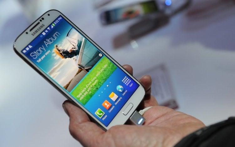 За счет чего Samsung снизит цены на свои смартфоны?
