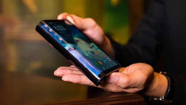 Samsung раскрыла некоторые характеристики складного Galaxy F и рассказала о его цене