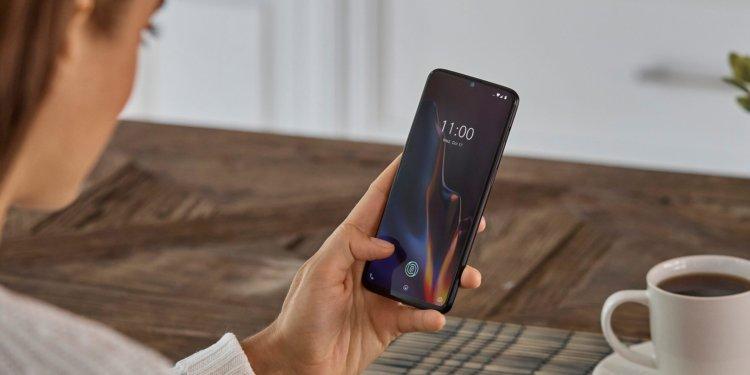 Назван первый смартфон в мире со Snapdragon 855 и поддержкой 5G