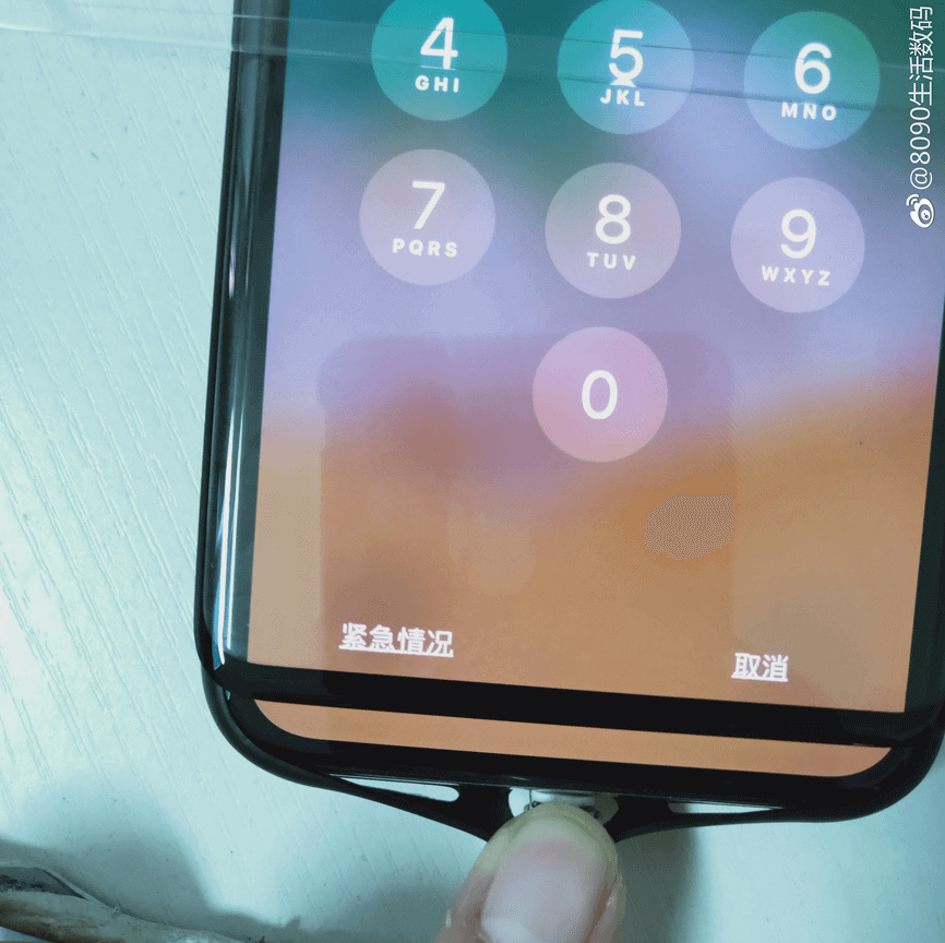 Samsung Galaxy S10+ и iPhone X