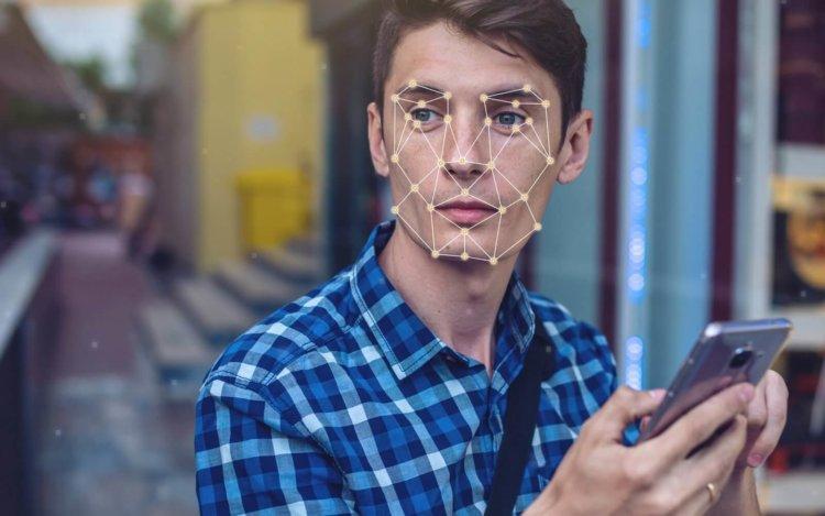 Технология распознавания лиц в LG G7 оказалась не хуже Face ID в iPhone X