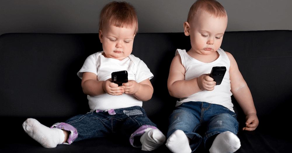 С какого возраста ребенку можно иметь свой собственный смартфон?