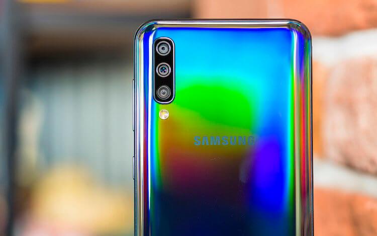 Бюджетный Galaxy A50 получил важную функцию Galaxy S10