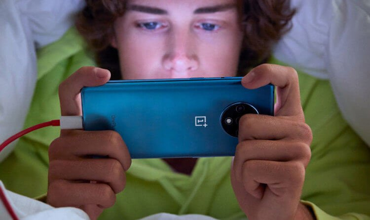 Главное, не смотреть ему в глаза: OnePlus представила OnePlus 7T