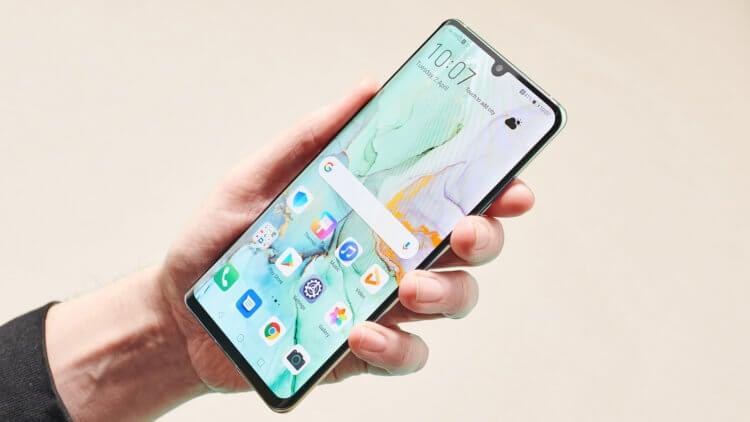 Huawei будет устанавливать на свои смартфоны две ОС сразу