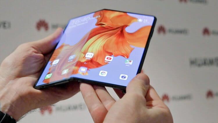 Замена дисплея Huawei Mate X стоит как новый iPhone 11 Pro