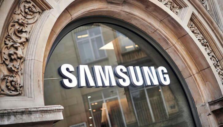 Samsung хочет стать как Apple и заменить смартфоны сервисами