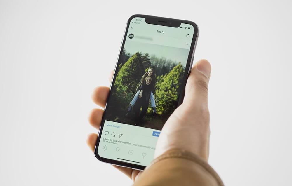 Первые фото Samsung Galaxy Fold 2 и операционная система от Facebook: итоги недели 10