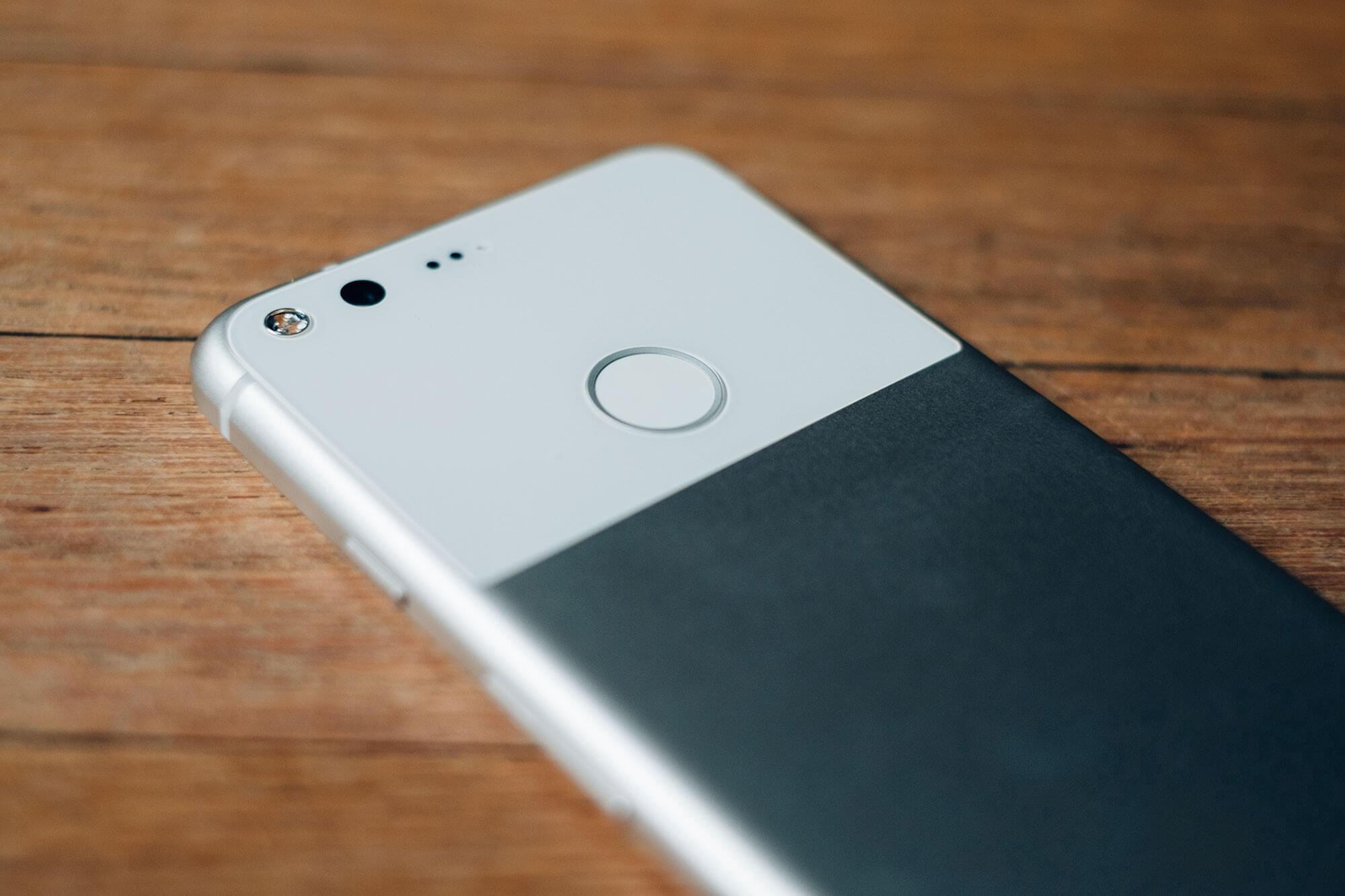Почему стоит присмотреться к Google Pixel 1